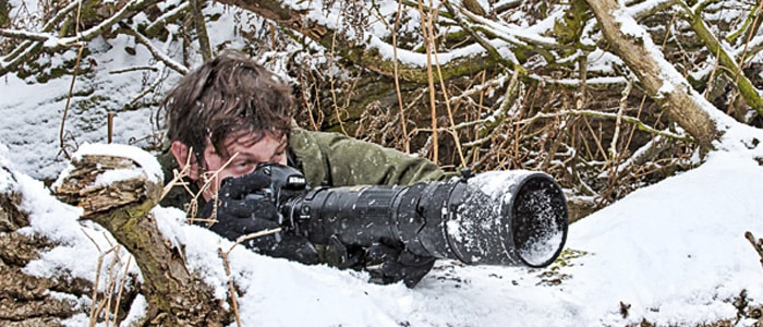 wildlife photographer richard costin using the Nikon 200-400 lens and the Nikon D3 DSRL